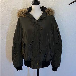 Forever 21 Plus SZ 2X Faux Fur Hood Bomber Jacket